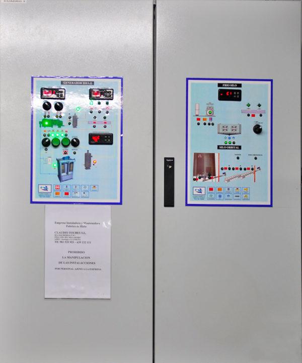 Cuadro Eléctrico De Protecciones Y Maniobra Del Equipo Frigorífico Del Generador De Hielo