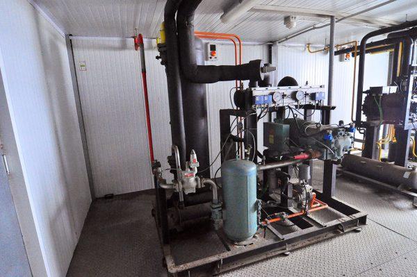Unidad Condensadora Formada Por Un Compresor De Tornillo Bitzer De 70 CV